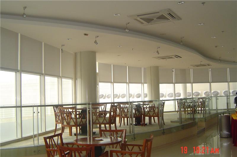 中冶南方餐厅拉珠卷帘