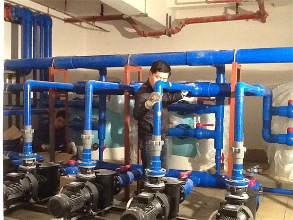 南昌游泳池设备