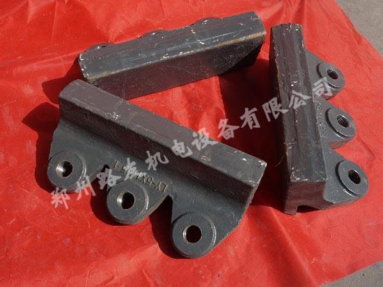 新疆制砂机耐磨块生产厂家
