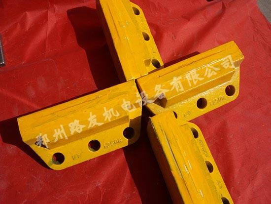 新疆耐磨块生产厂家