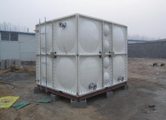 貴陽玻璃鋼水箱安裝