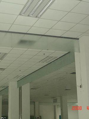 玻璃挡烟摧壁