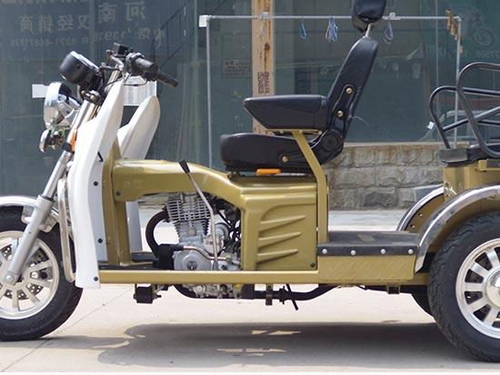 宇峰三轮摩托车
