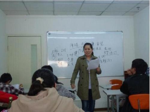河南艺术生文化课辅导