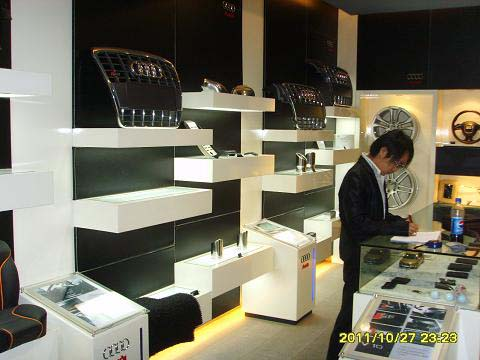 安顺贵州汽车展柜厂家