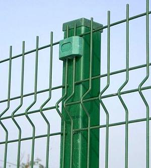 三角折弯护栏网生产