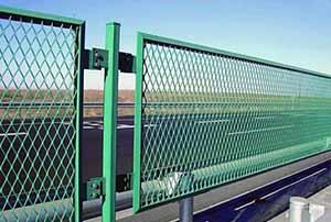 贵州钢板护栏网