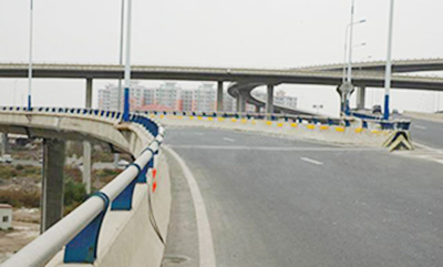 贵州桥梁防撞护栏安装