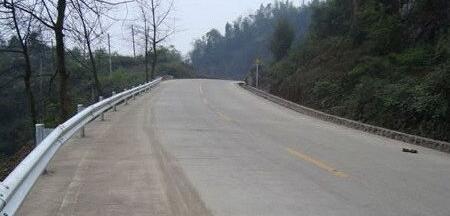 昆明高速公路护栏