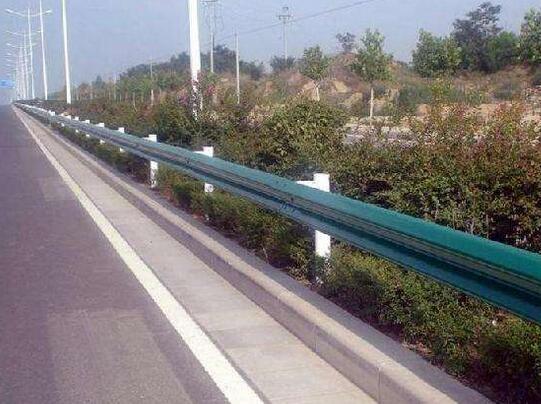 昆明公路护栏