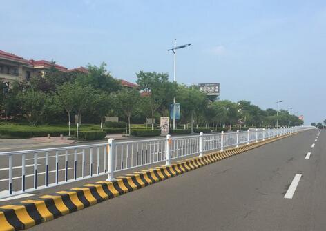 南宁道路护栏