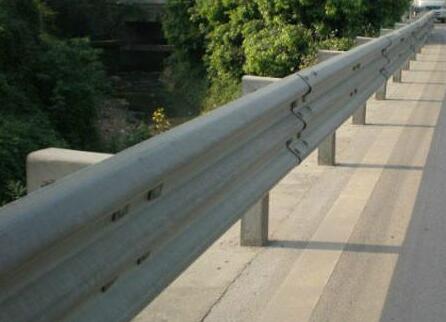 湖南波形护栏网