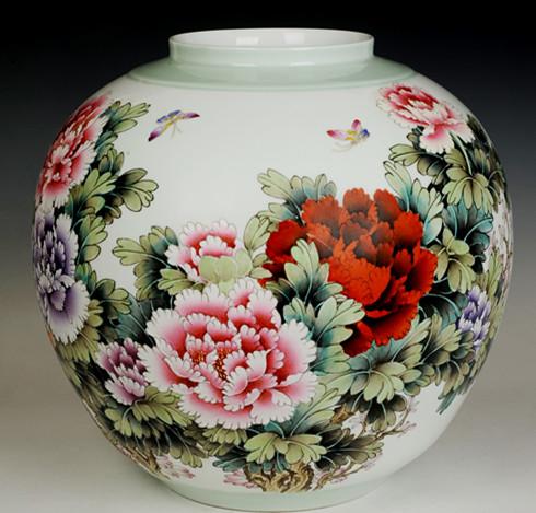粉彩《花开富贵》灯笼瓶