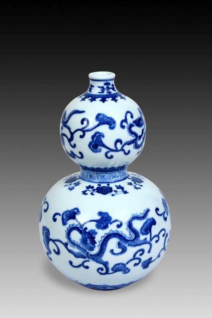 手繪150件高仿青花點功葫蘆瓶(寓意:百福臨門)