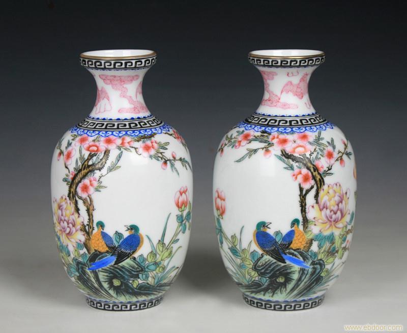 50件瑪瑙紅描金花鳥對瓶(3)