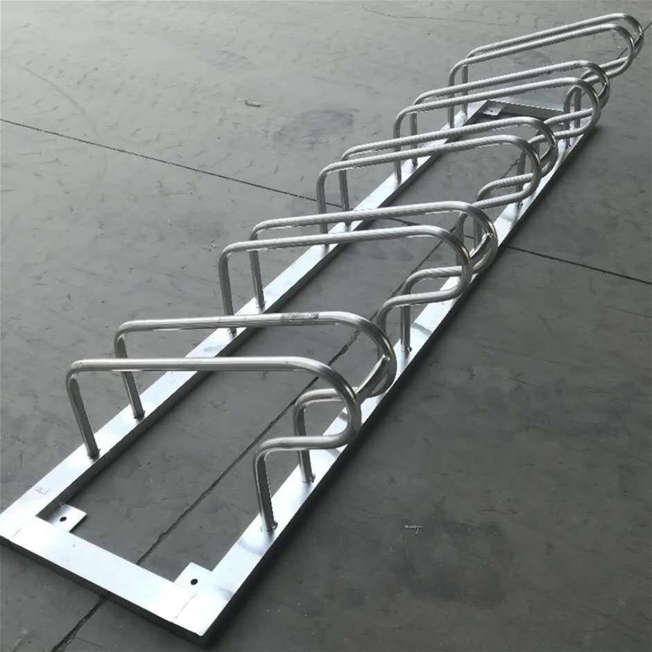 永利_不锈钢卡位自行车停车架