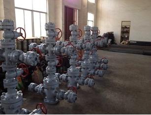 专业生产采油树井口装置