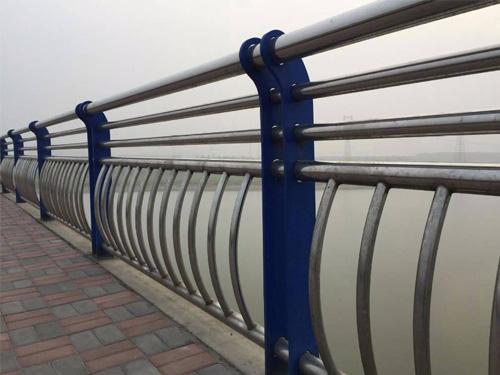 贵阳桥梁护栏