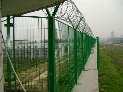 机场护栏批发