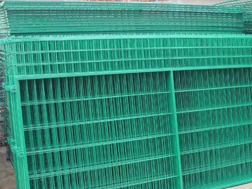 框架型护栏