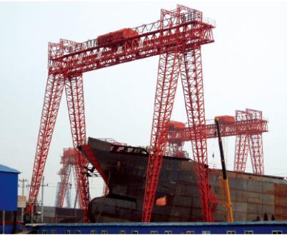船坞门式起重机