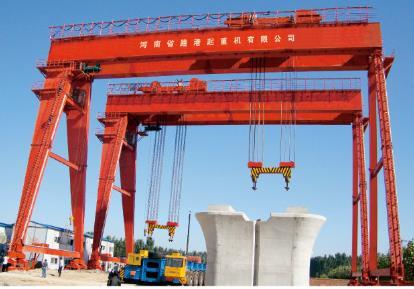 200吨造船门机