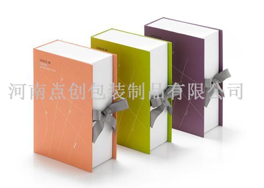 【组图】化妆品包装盒制作流程 原装套盒的制作简洁