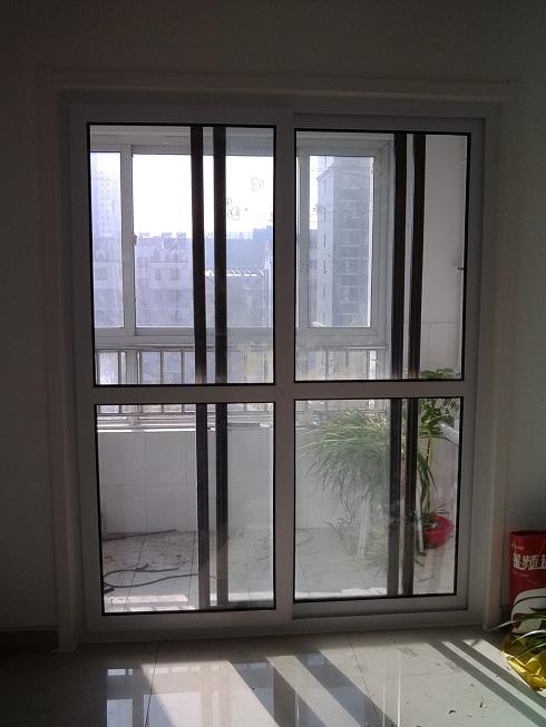 家居隔音门窗