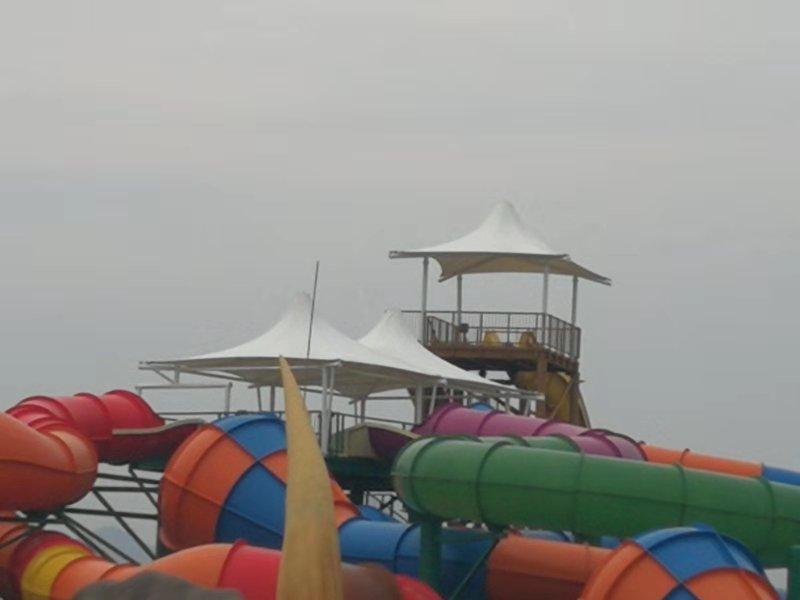 水上游乐园膜结构凉亭完工