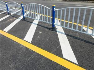 四川道路隔离栏