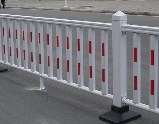 成都道路隔离栏