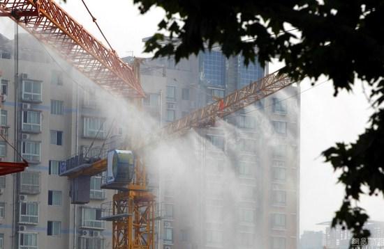 塔吊喷雾降尘系统