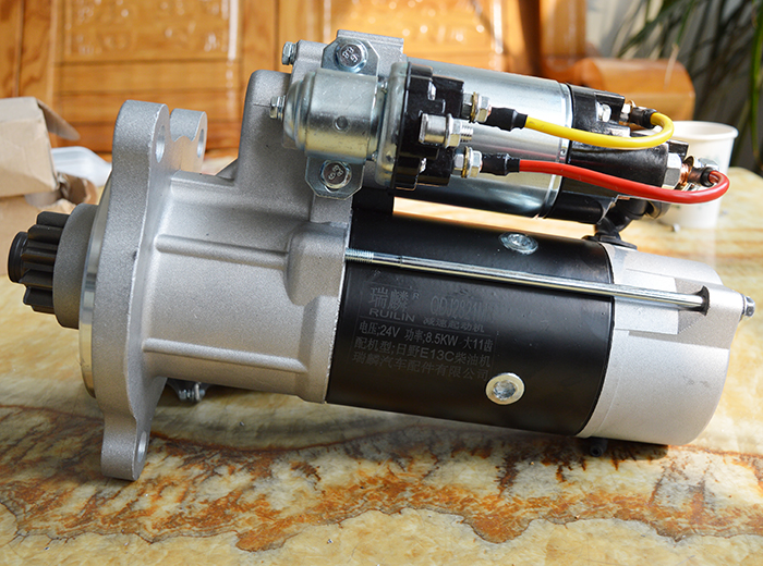 日野E13C柴油机