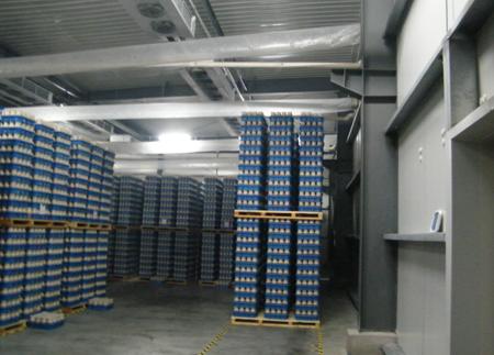 蟹味菇培养室