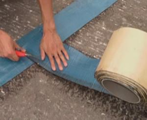基层贴缝带