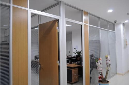 制作玻璃隔断