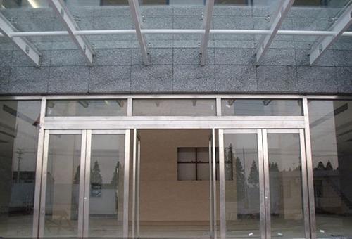 不锈钢玻璃门价格