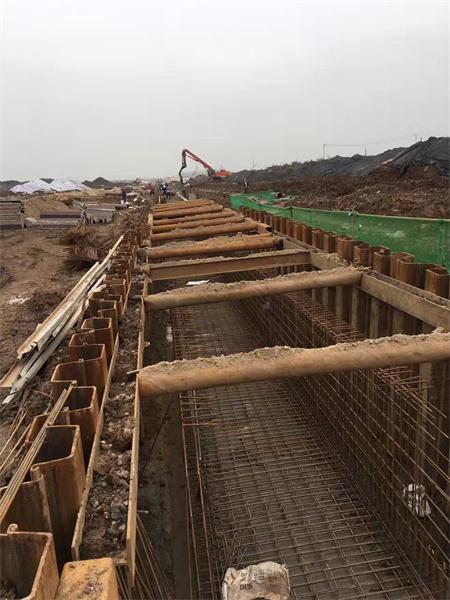 武汉拉森钢板桩施工