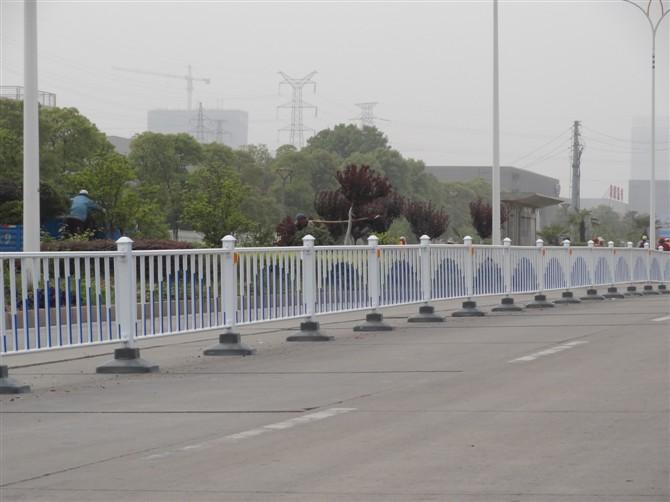 道路交通护栏