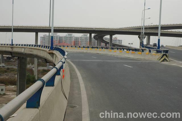 立交桥护栏
