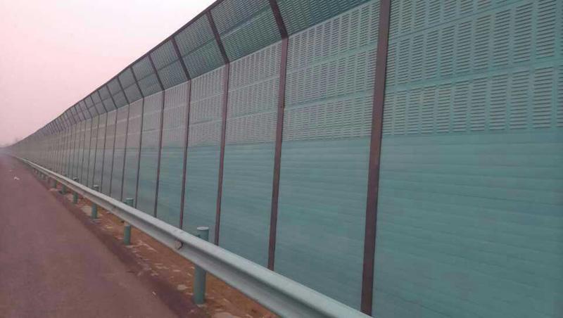 立交橋聲屏障
