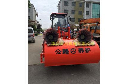 【分享】有什么沙石砂子路面清扫机保养方法 如何处理沙石砂子路面清扫机发动机问题