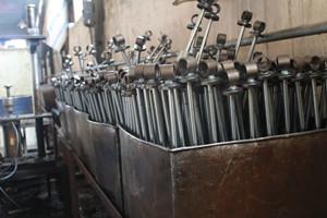 减震器生产厂家