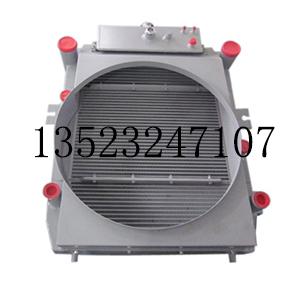 发动机组合散热器