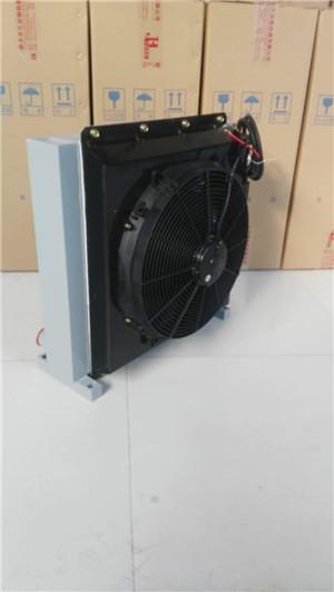挖树机液压油散热器
