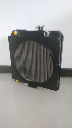 壓路機水箱散熱器