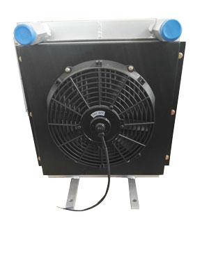 随车吊液压油散热器