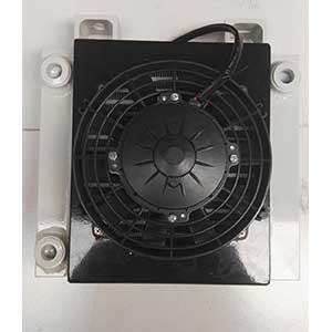 小型压路机液压油散热器