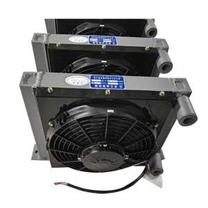 小型压路机用液压油散热器