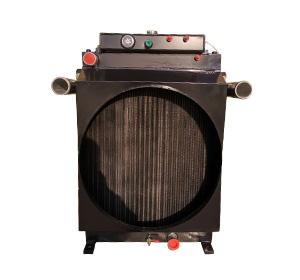 摊铺机用复合水箱散热器